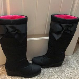 Kate Spade black winter wedge boots size 8.5 LN